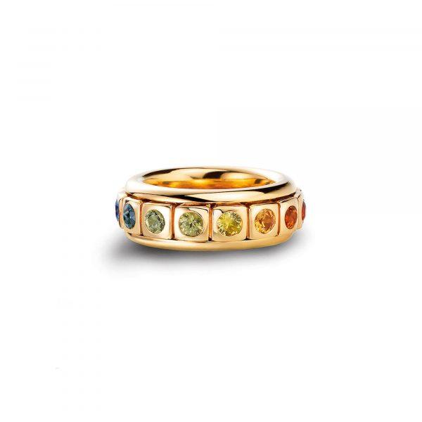 """Gelbgold Ring """"Tango"""" mit Saphir von A. Odenwald bei Juwelier Fridrich in München"""