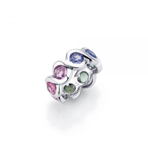 """Weißgold Ring """"Lola"""" mit Saphir von A. Odenwald bei Juwelier Fridrich in München"""