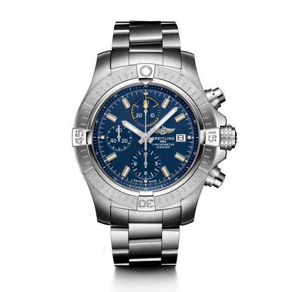 Avenger Chronograph 45 von Breitling bei Juwelier Fridrich in München