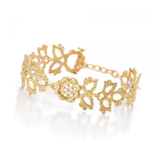 """Gelbgold Armband """"Dornröschen"""" von Brigitte Adolph bei Juwelier Fridrich in München"""