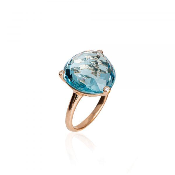 Roségold Ring mit Blautopas von Kollektion Fridrich bei Juwelier Fridrich in München
